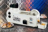mdf200-donut-factory-home-doughnut-maker-nostalgia-electrics