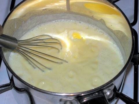 how to make custard with custard powder for trifle